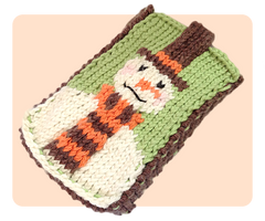 Snowman Mobile Phone Case Knitting Pattern by AmareeLis