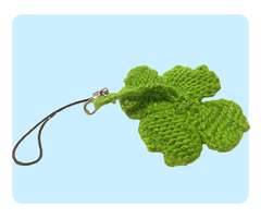 Four Leaf Clover Keychain Free Knitting Pattern
