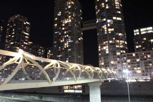 H Building Bridge