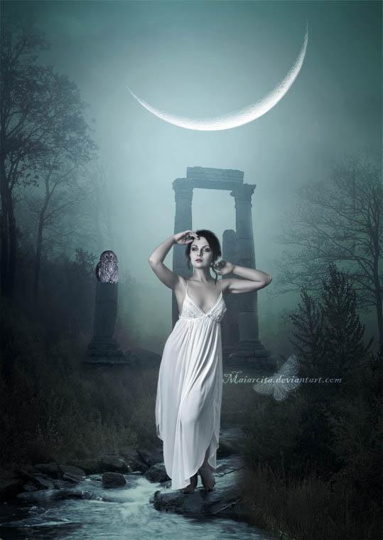 ** *  LUNA   DE  PAPEL ....*** - Página 2 Ancient_beauty_by_maiarcita-d5h1imd