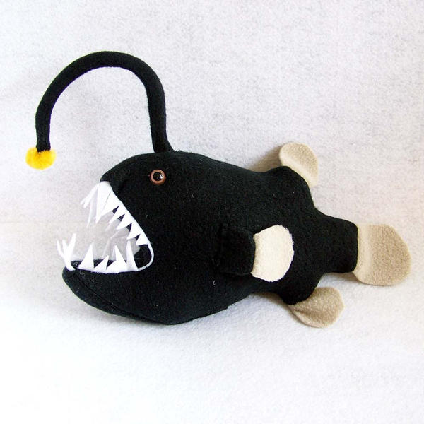 Angler fish by weirdbuglady on deviantart for Angler fish toy