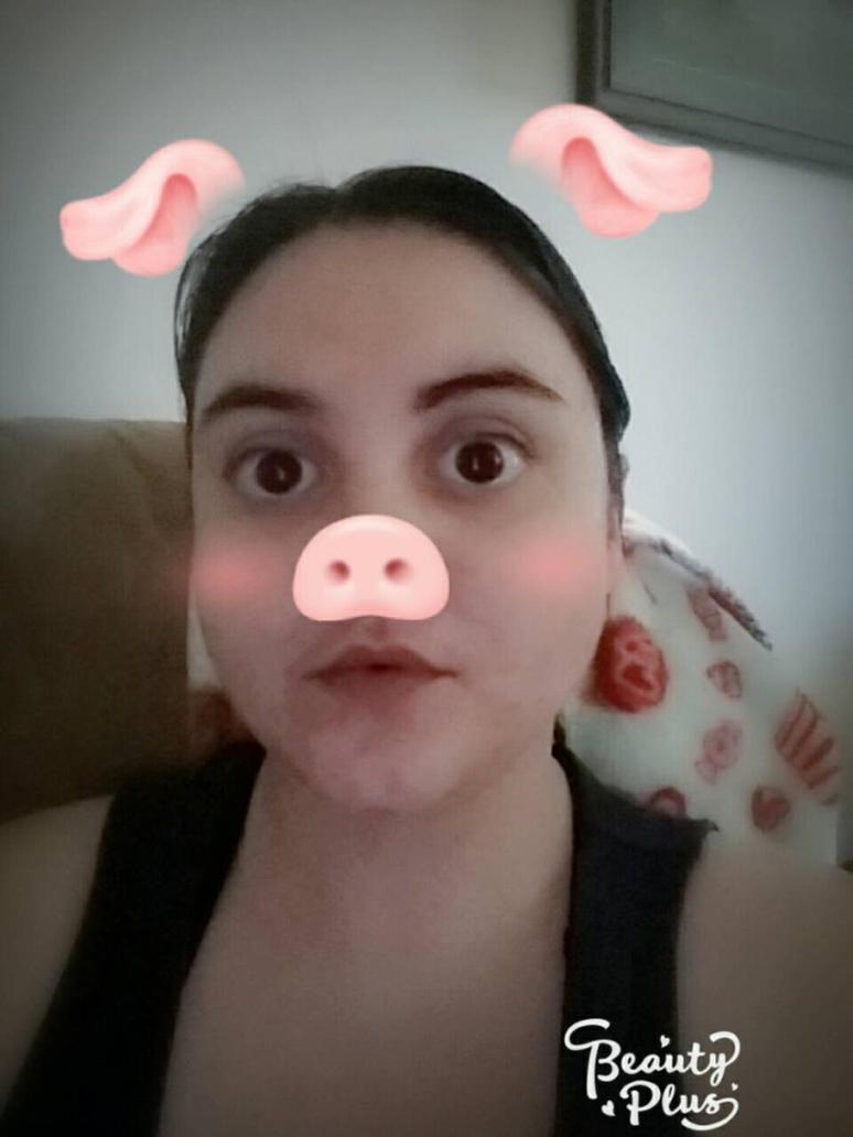 I are Piggy! by MacaronPretty