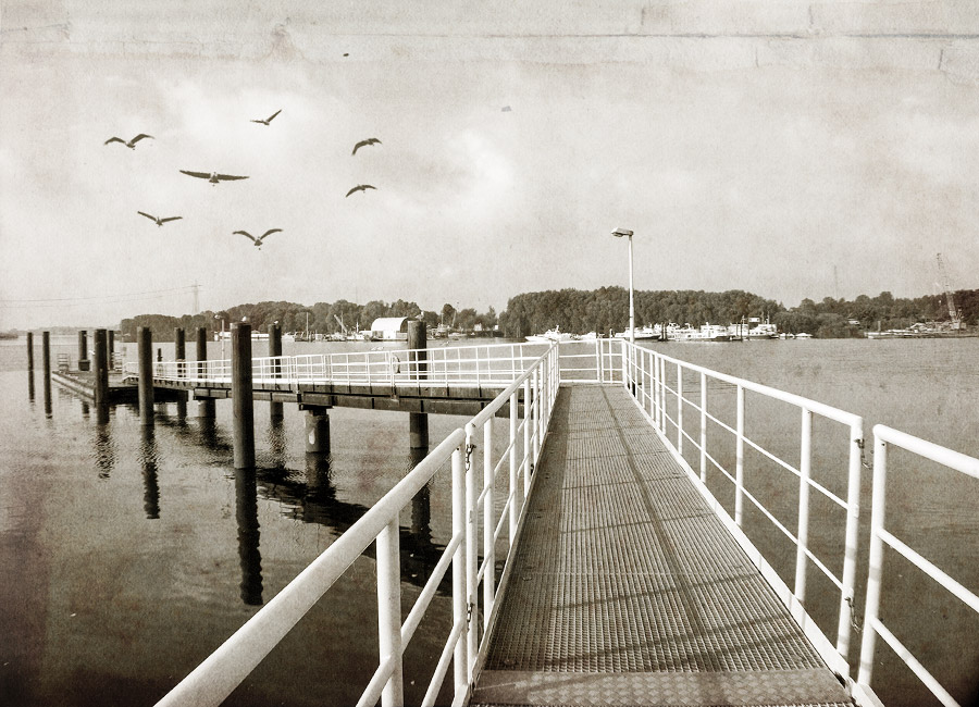 Landing stage by Inilein