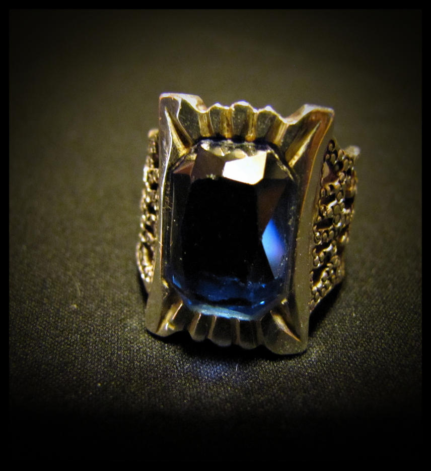Kuroshitsuji 'Phantomhive' Ring 1, The r by SaraAnnDiPity