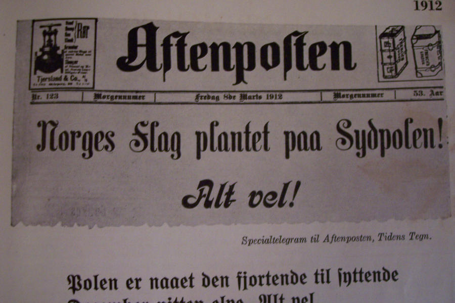 Vintage Headlines News by paintresseye