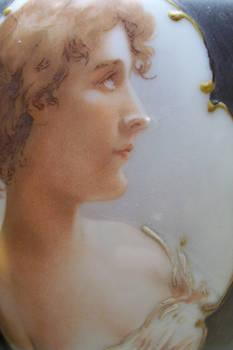Victorian woman profile