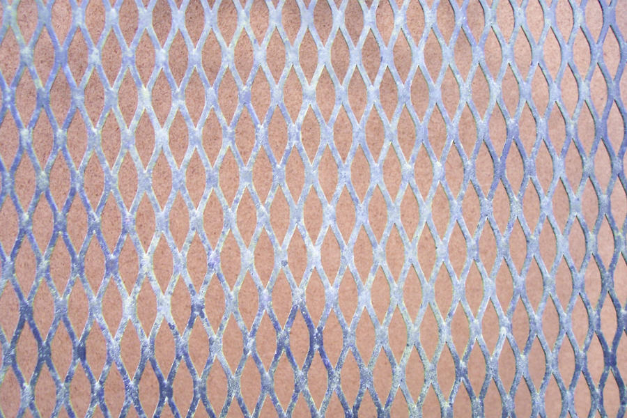 Grid with patina