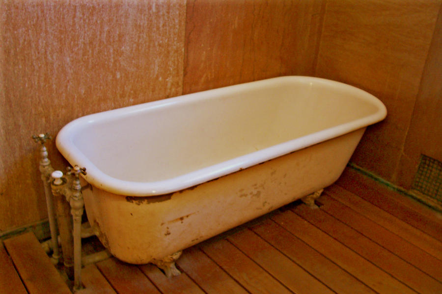 6 foot clawfoot tub. Into The Claw Foot Tub By Paintresseye On DeviantArt Stunning 6 Clawfoot Pictures  Best idea home design
