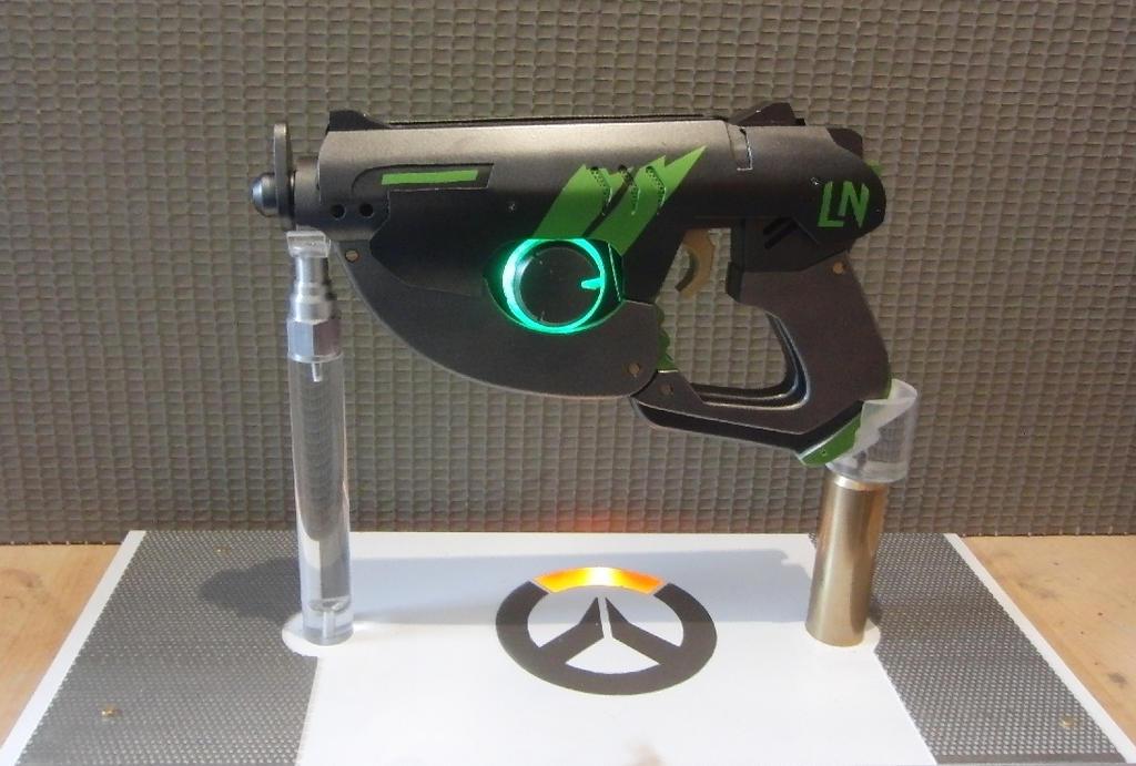 Overwatch Tracer Pulse Gun SPORTY SKIN by Anselmofanzero ...