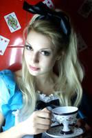 Alice in Wonderland.. by yildiztozu