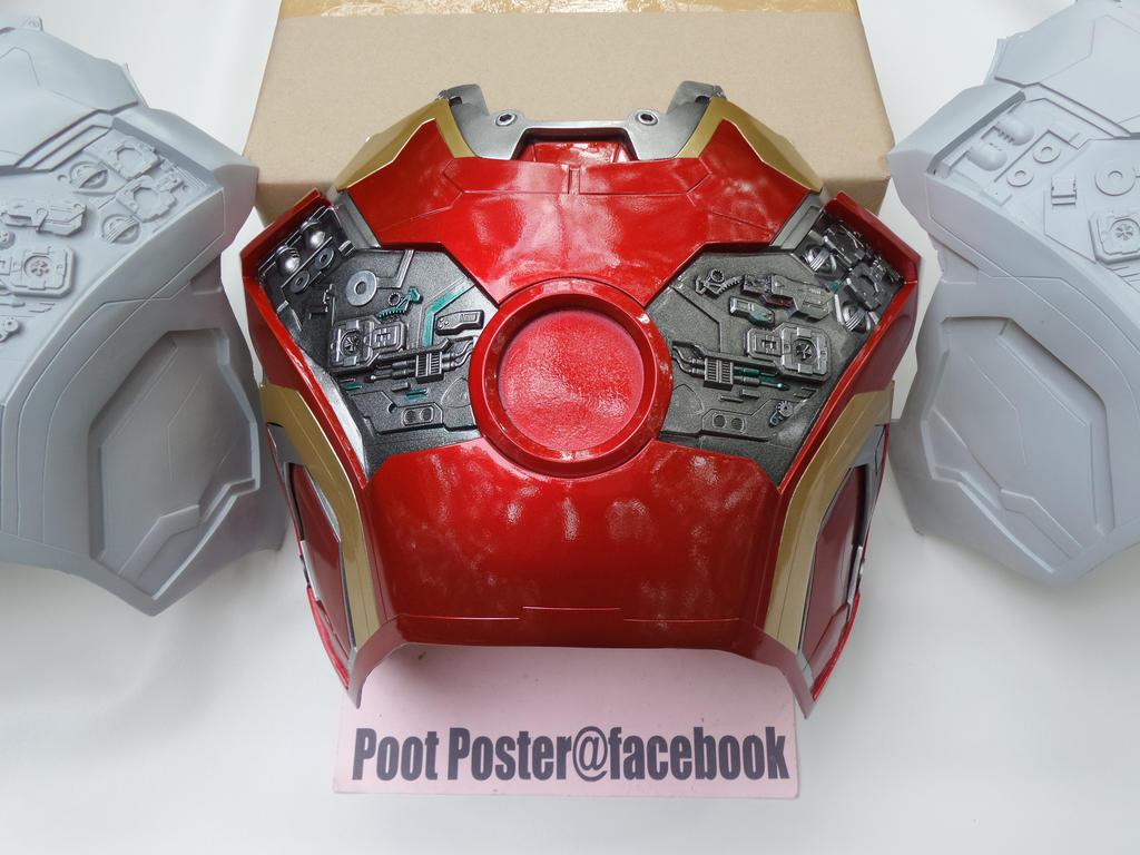 Iron man chest mark 42/43 HD details