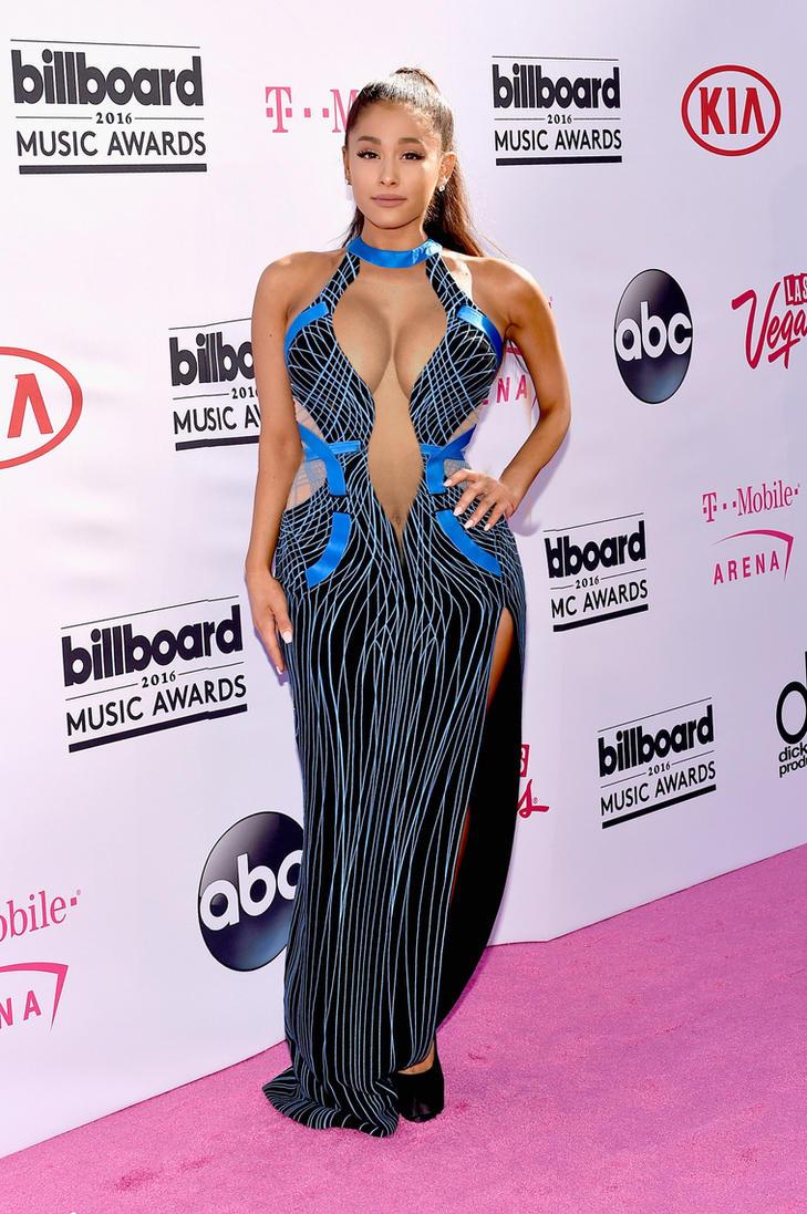 Ariana Grande With Nicki Minaj's Curves by HeadSwapsMania