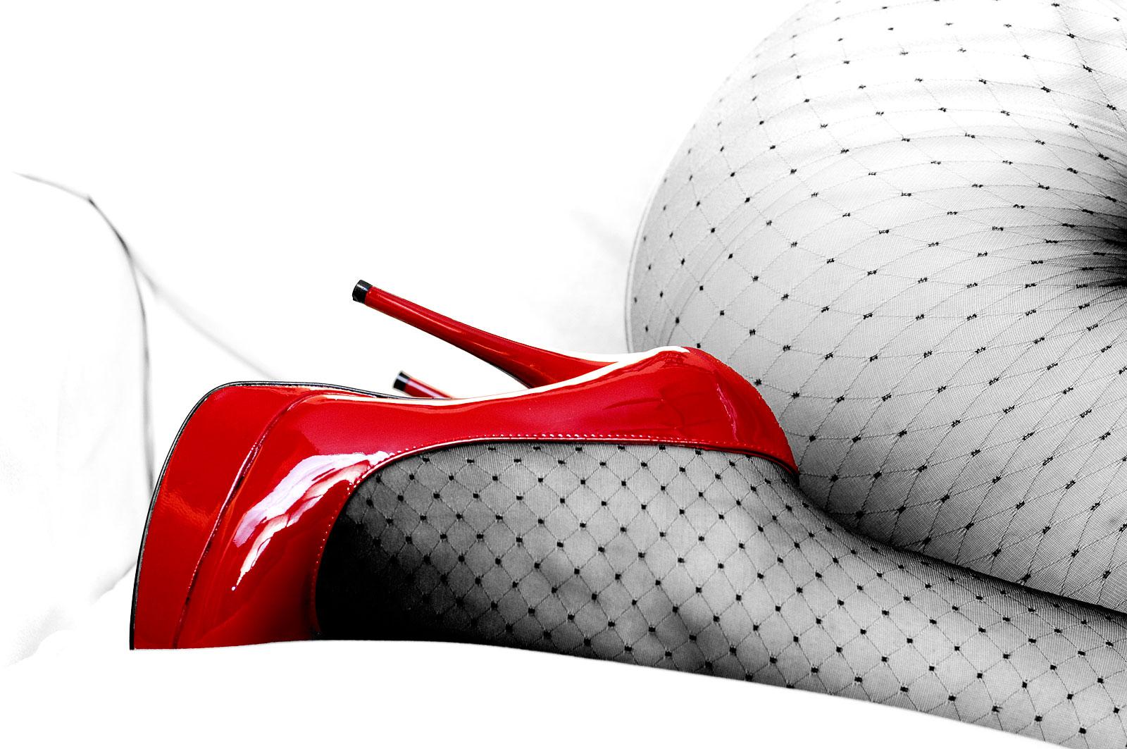 Red Heels 2 by emiliogtz
