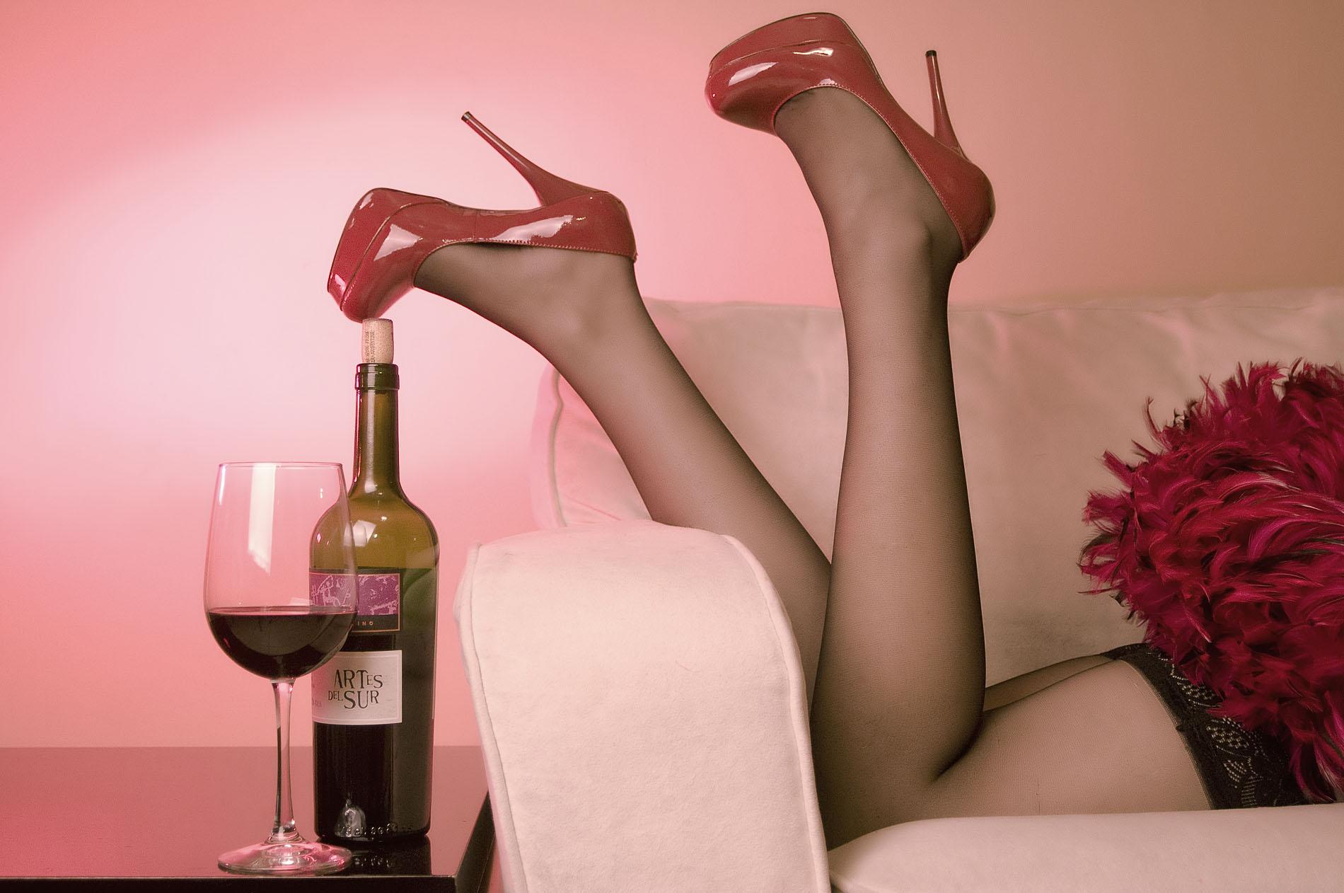 Red... wine. by emiliogtz