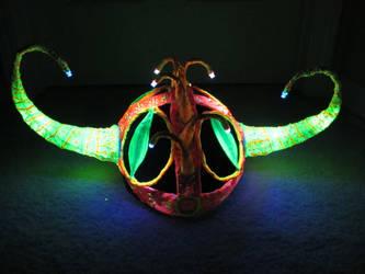 UV monster helm by ClockworkRuin