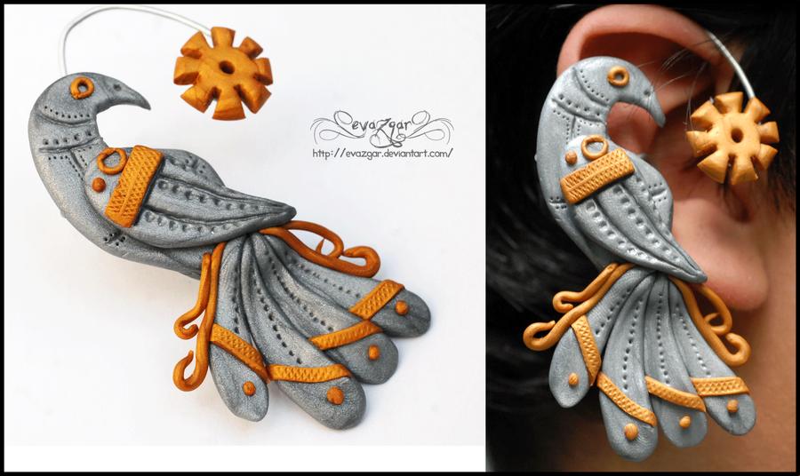 Mechanical Birdie Ear Cuff by Evazgar