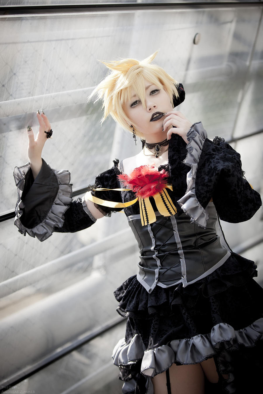 Len Kagami [Imitation Black] by theDevil-photography