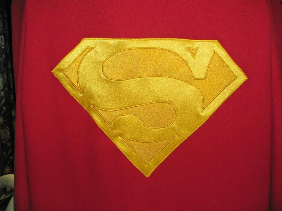dean_cain_superman_cape_s_shield_by_vermithrax1-d4tolw5.jpg
