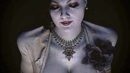 Sensual Lady Dimitrescu [SFM]
