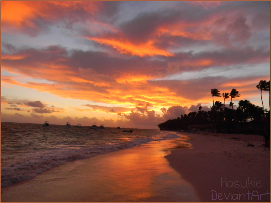 Sunset of Punta Cana by Hasukie