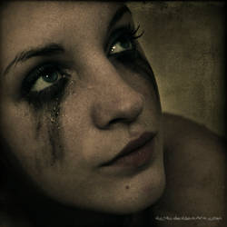 Life hurts by Vic4U