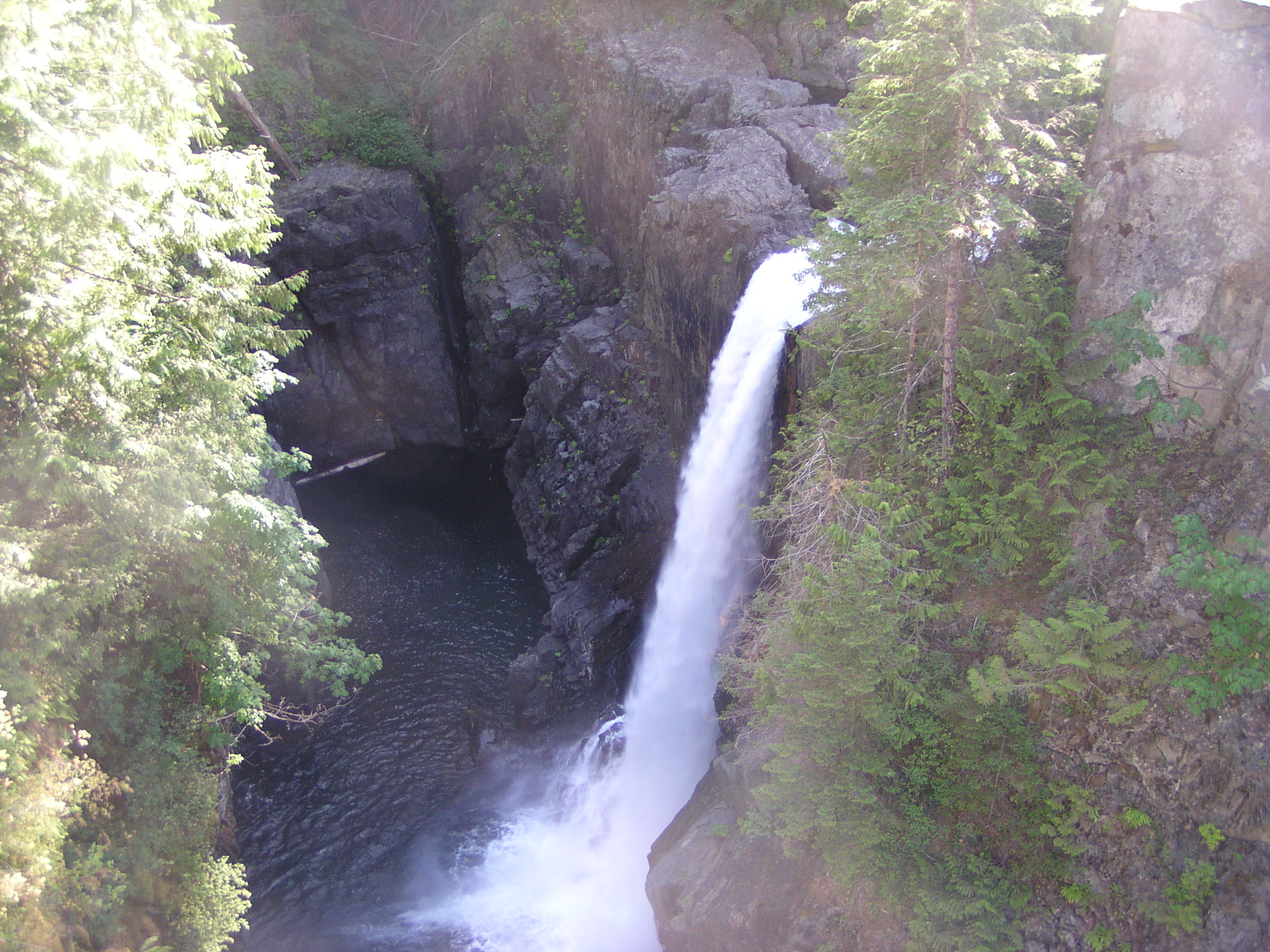 elk falls chat sites Vancouver island w elcome elk falls provincial park is located 3 kilometres north of the city of campbell river on hwy 28 this park gets.