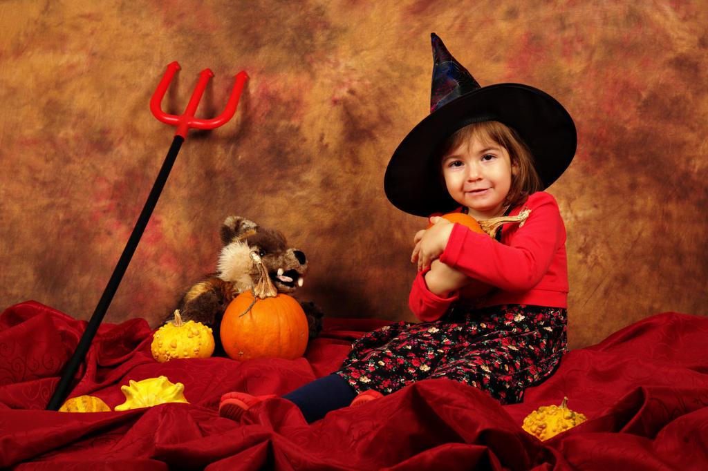 The pumpkin is mine! by nicubunu