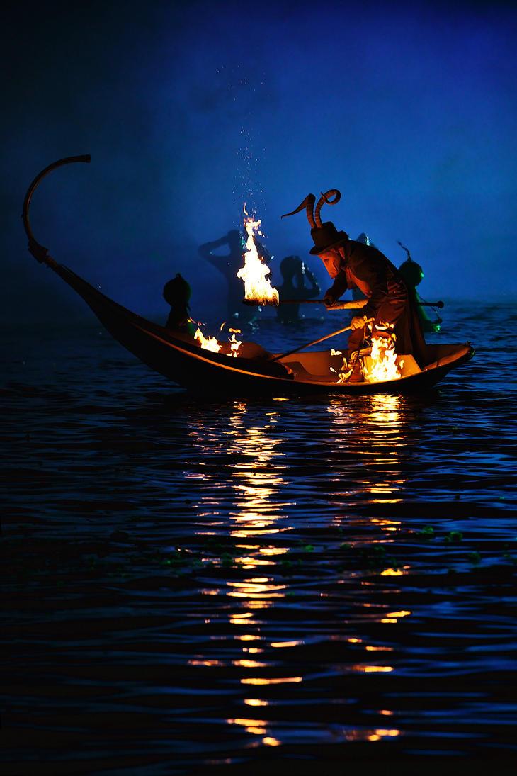 Fire on water by nicubunu