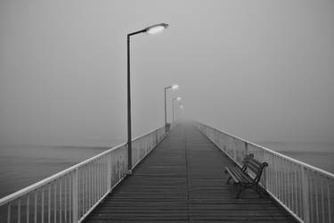 Vanishing in to the mist by nicubunu
