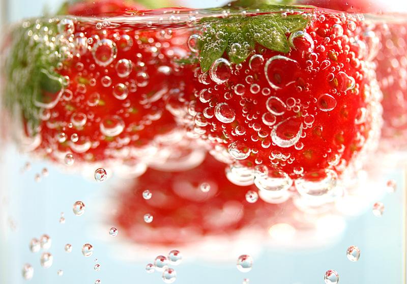 strawberry sparkling by lilkoda16