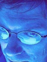 moi in blue