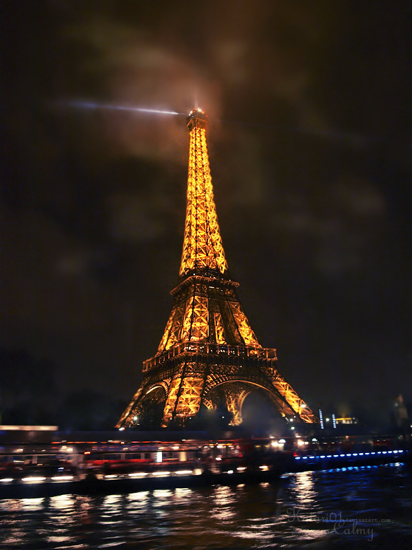 night in paris. by Katari01