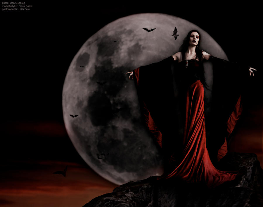 Vampire Queen by VampyrEmpress