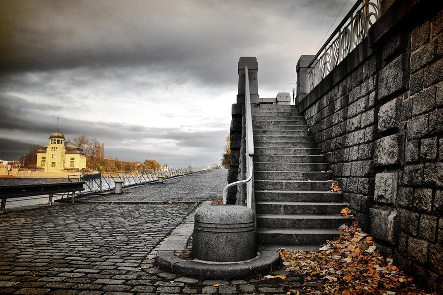 November in Prague II by tomsumartin