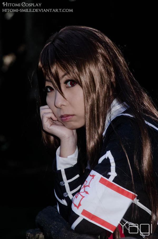 Crimson gaze by Hitomi-Cosplay