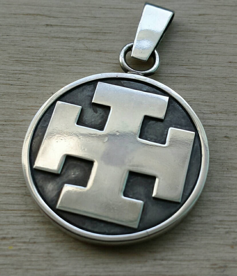 Crusaders cross pendant by marinus95 on DeviantArt