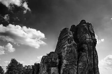Monolithic II by He-Tian-Heng