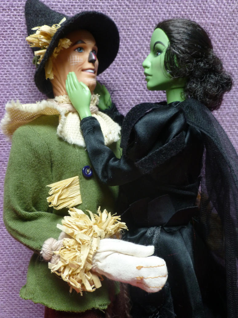 Fiyero and Elphie by SHANNON-CASSUL-LOVER