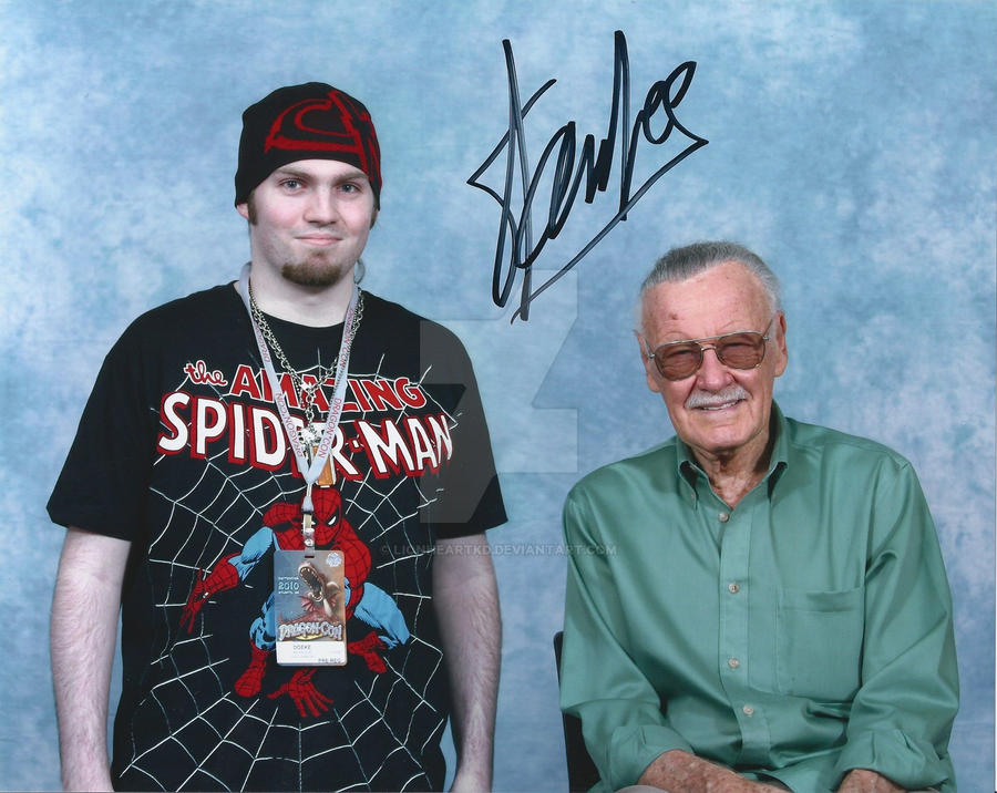 Myself and Stan Lee - DragonCon 2010 by LionheartKD