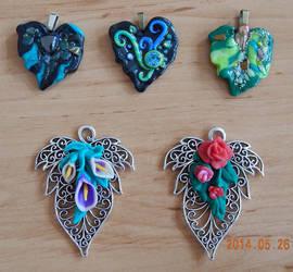 Leaf medals by Keahrou