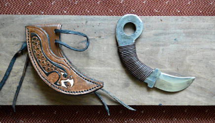 Custom Leather Knife Sheath by Lupas-Deva