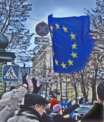 protesters_greeting_the_passing_cars by moscaliovam
