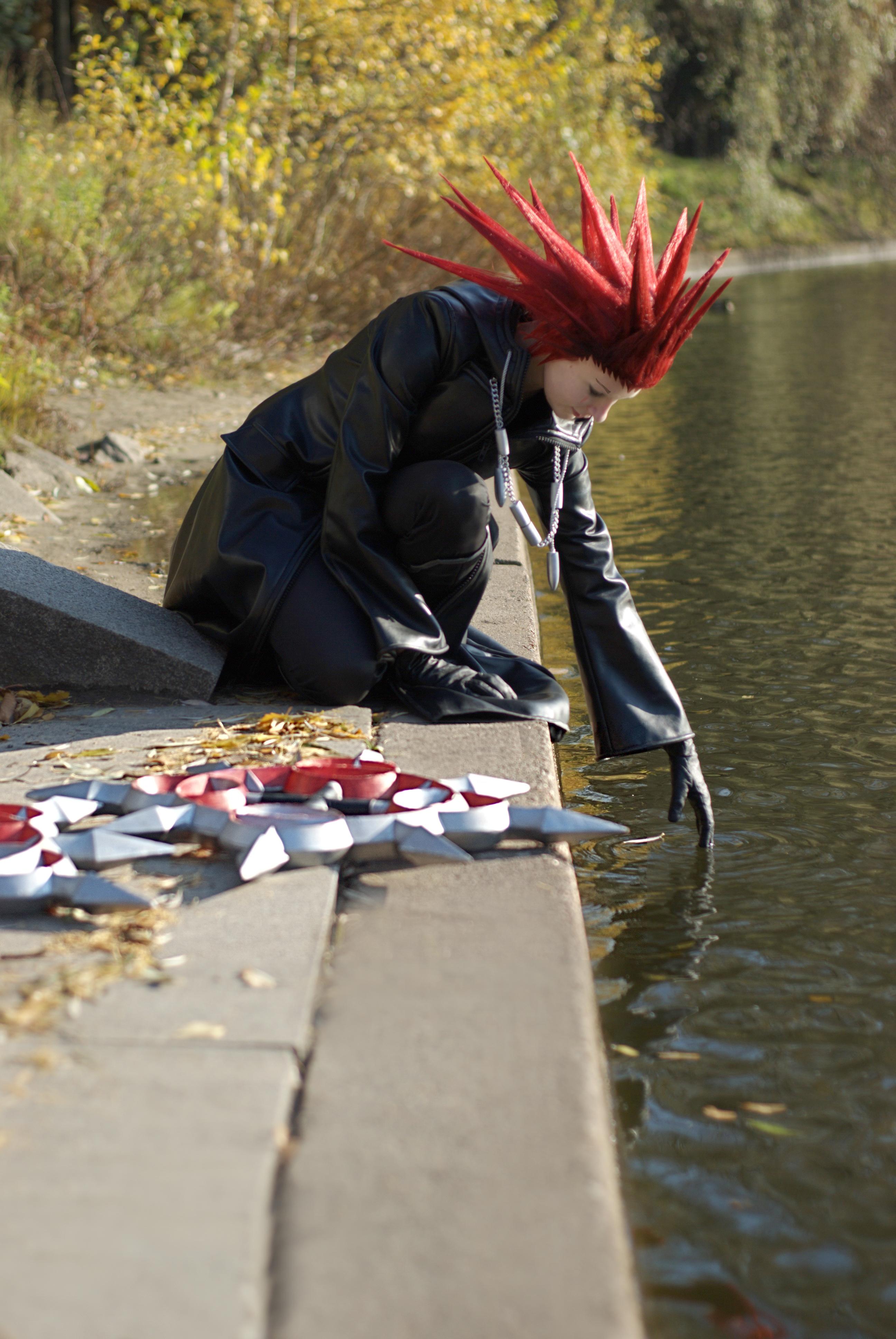 Sephiroth Kingdom Hearts Cosplay Axel kingdom hearts cosplay by