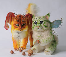 Maduka and Treeni, poseable art dolls