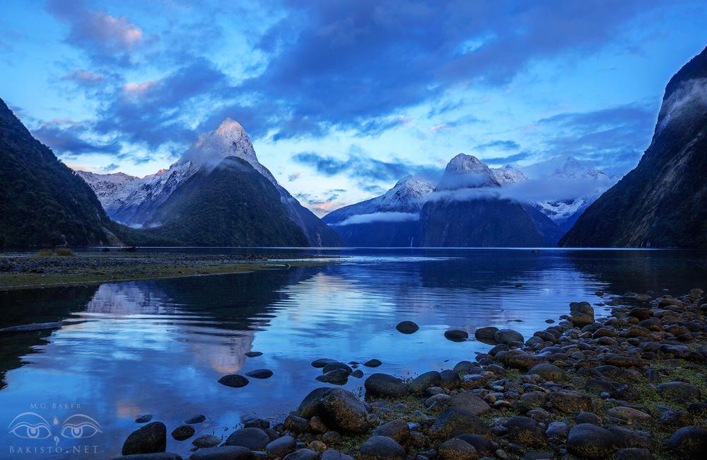Milford Sound - New Zealand by Bakisto
