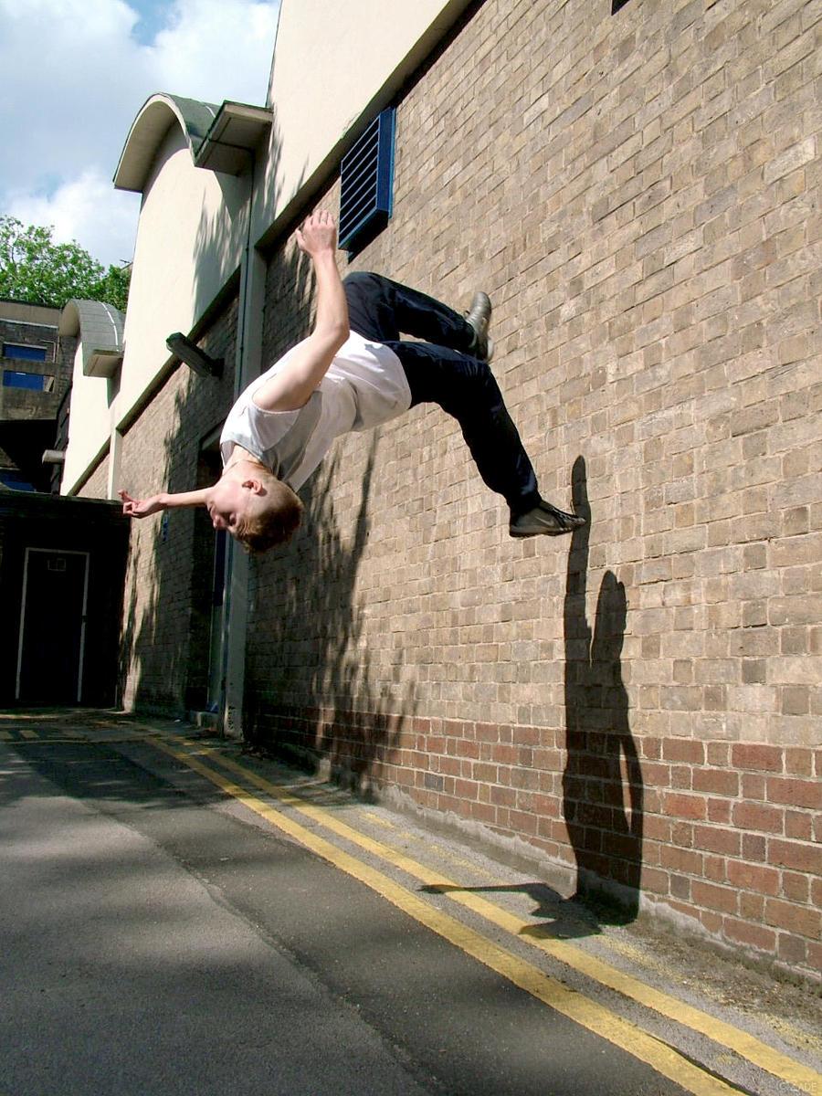 parkour wall flip - photo #16
