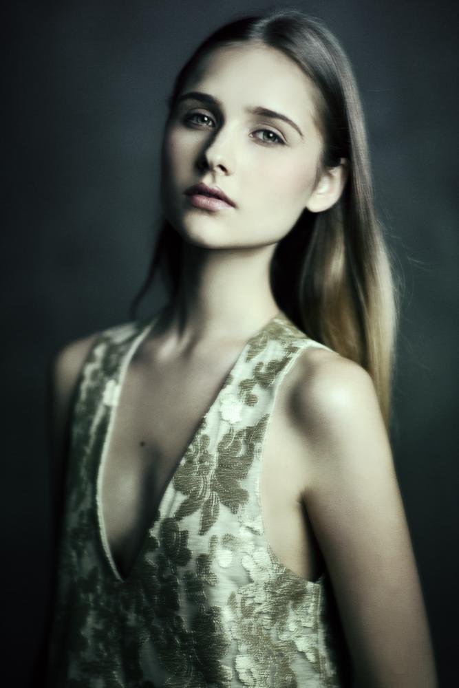 Eva by EmilySoto