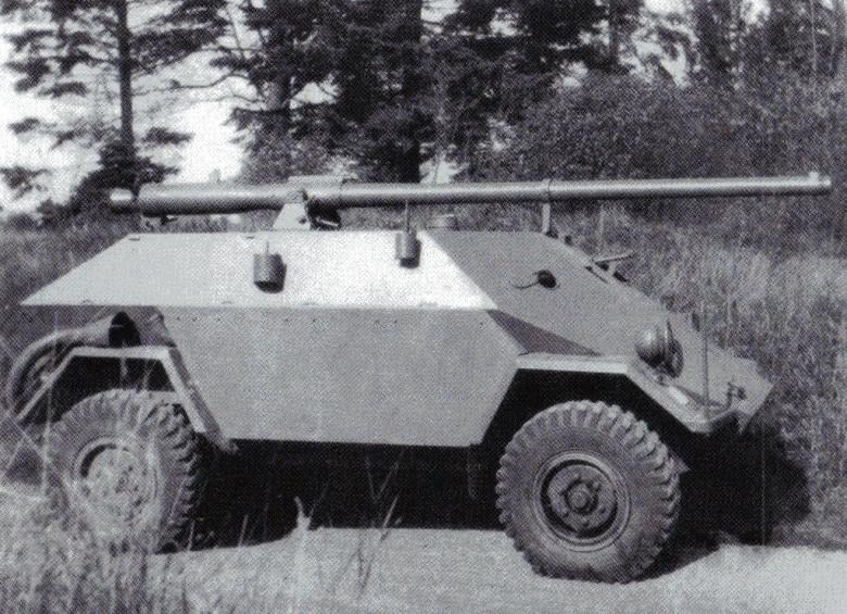 Weird Cold War Soviet tank by superweapons1956HUN