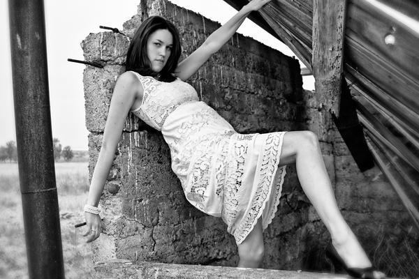 http://fc00.deviantart.net/fs70/i/2011/223/6/0/kami_by_bodyphoto-d466ux5.jpg