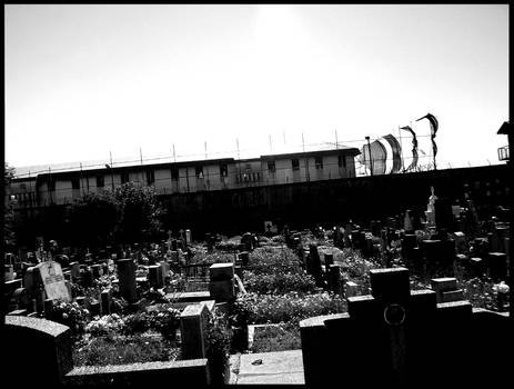 Cementerio + Carcel